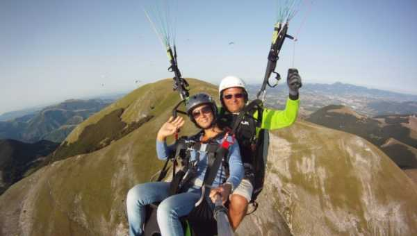 Where to experience the thrill of a paragliding flight: what you need to know!