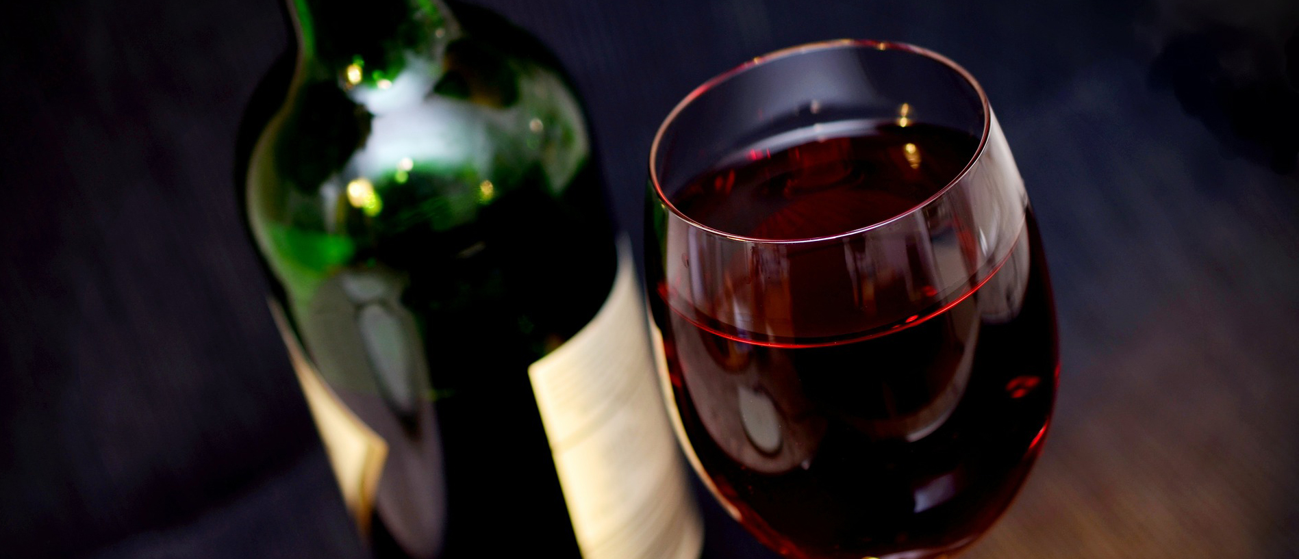 9 Red Wine You have to keep In Your wine cellar!