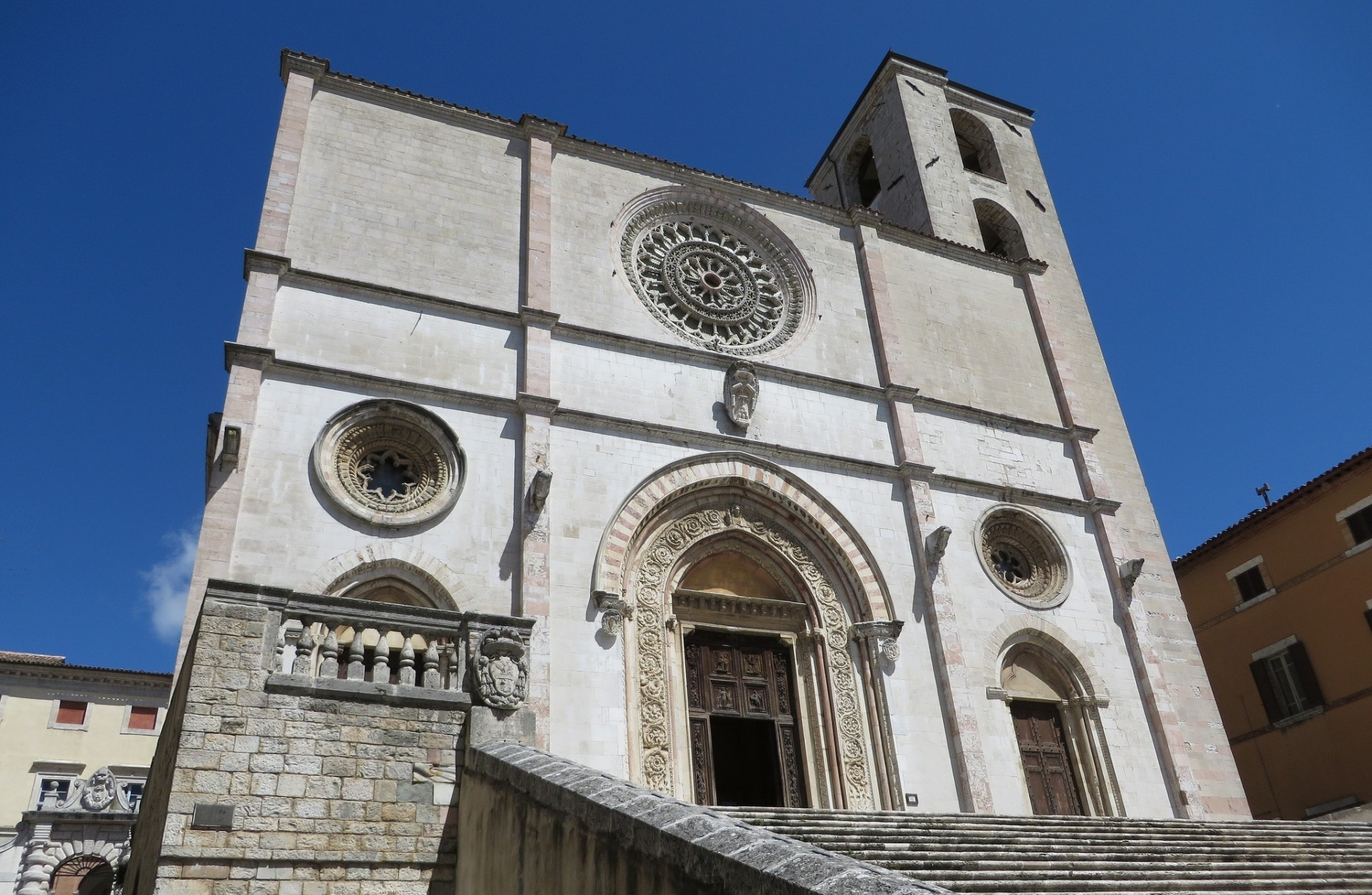 Todi and Orvieto two jewels of Umbria
