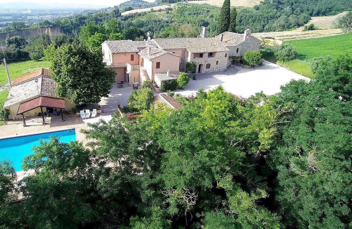Vacanza in Villa: vini e sapori dell'Umbria