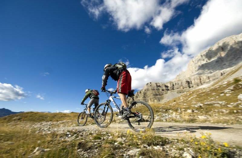 Mountain Bike Enduro, discesa dell'Imperatore in Val di Sole (Trentino Alto Adige)