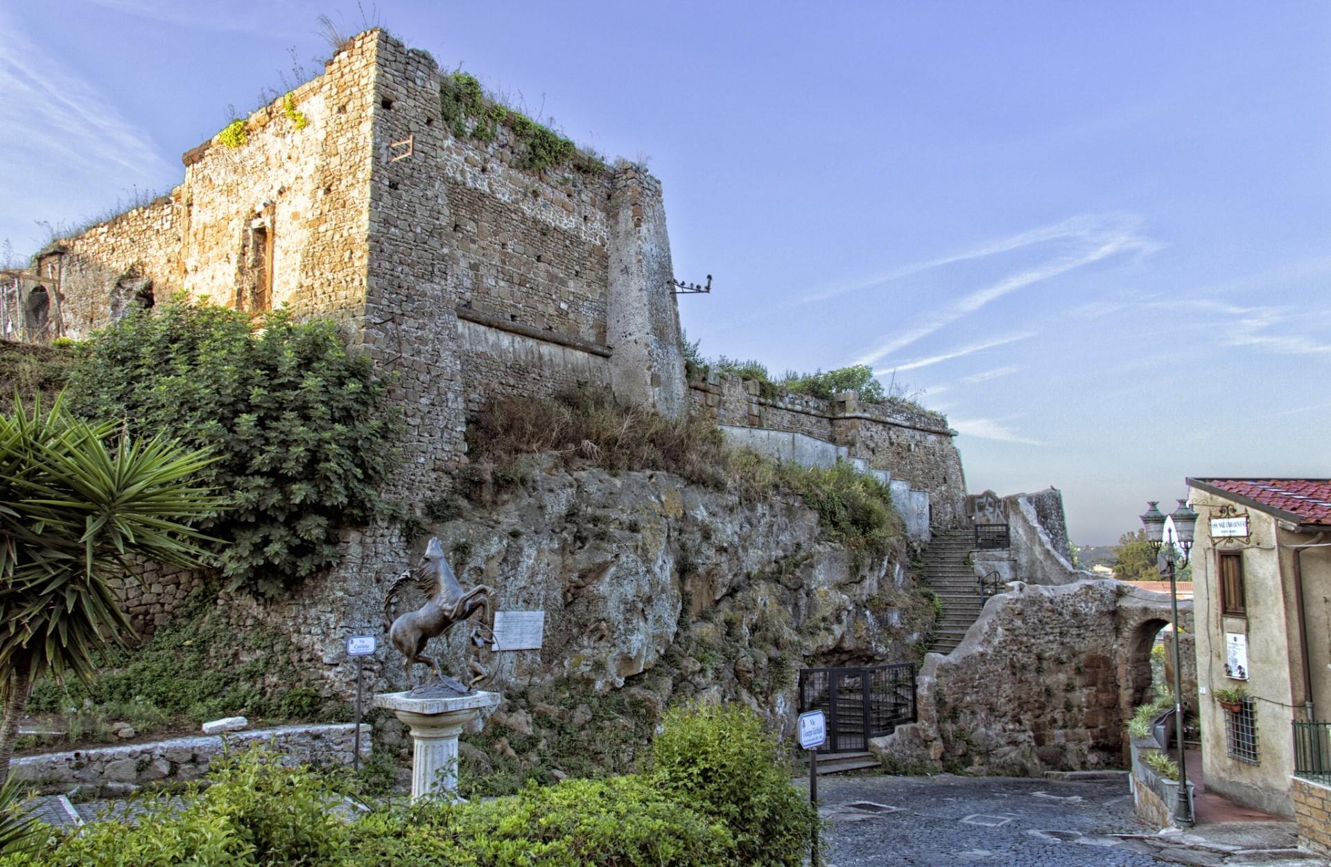 Trekking: I borghi - Castello della Valnerina