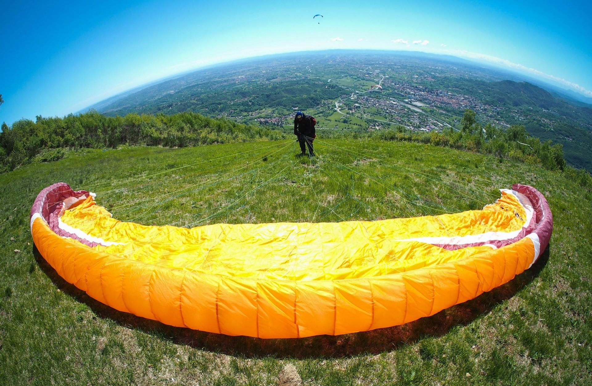 Volo in parapendio biposto a Castelluccio di Norcia o Poggio Bustone