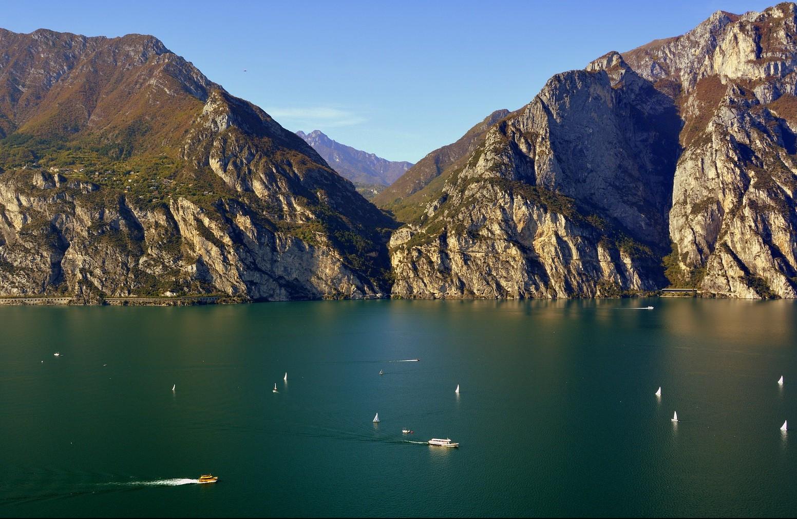 Crociera sul Lago di Garda e visita della Rocca di Manerba