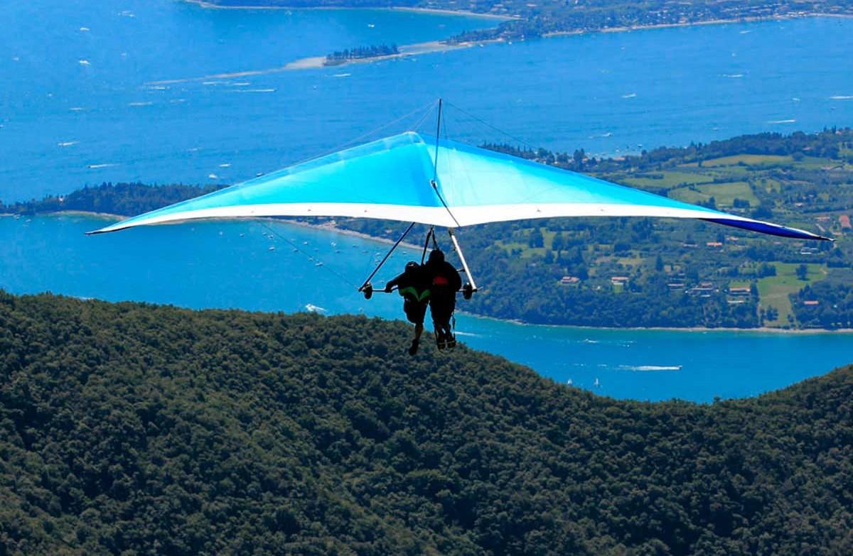 Volo in deltaplano biposto sul Lago di Garda