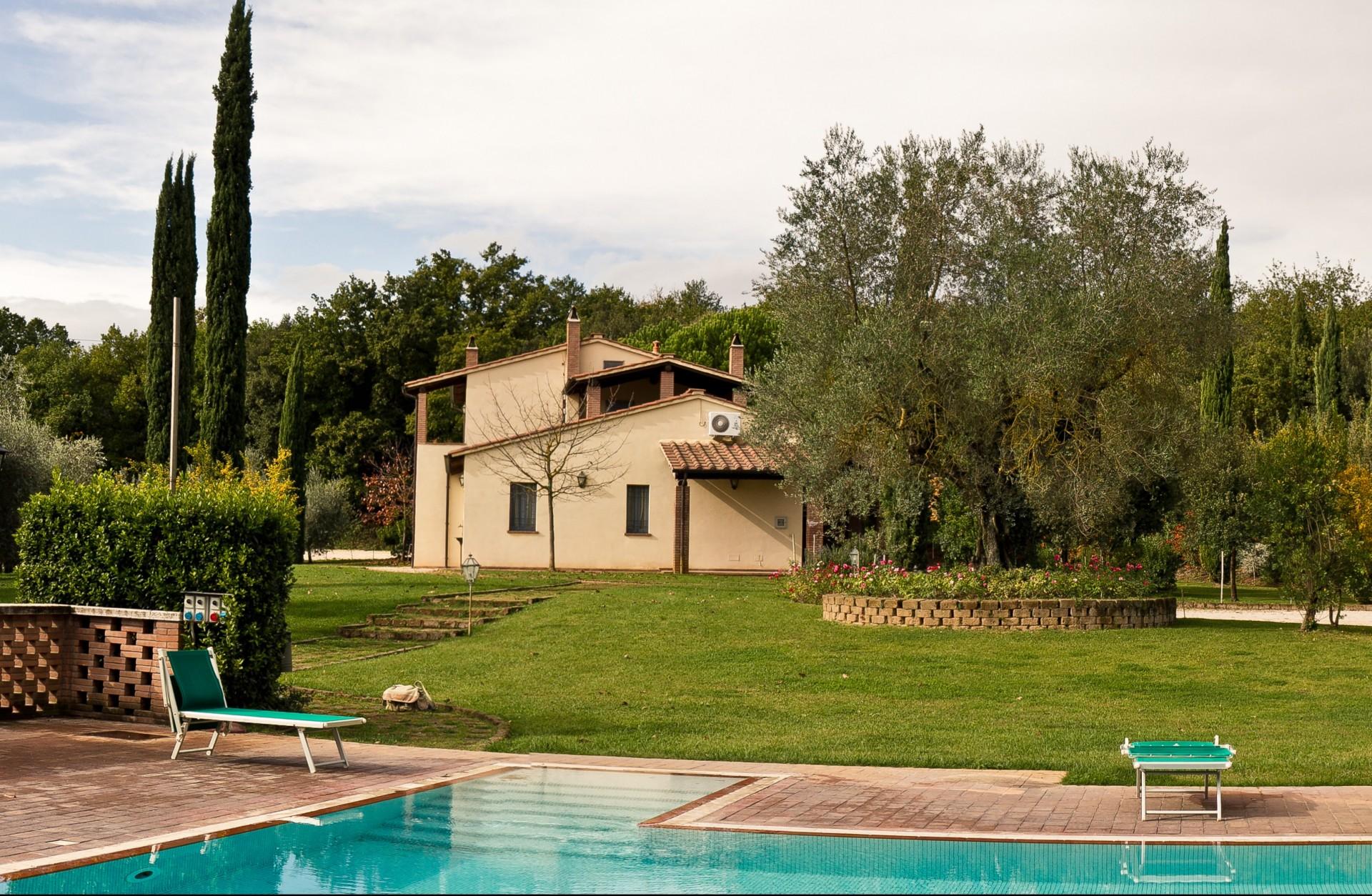 Castello Delle Regine - Podernovo Houses & Country