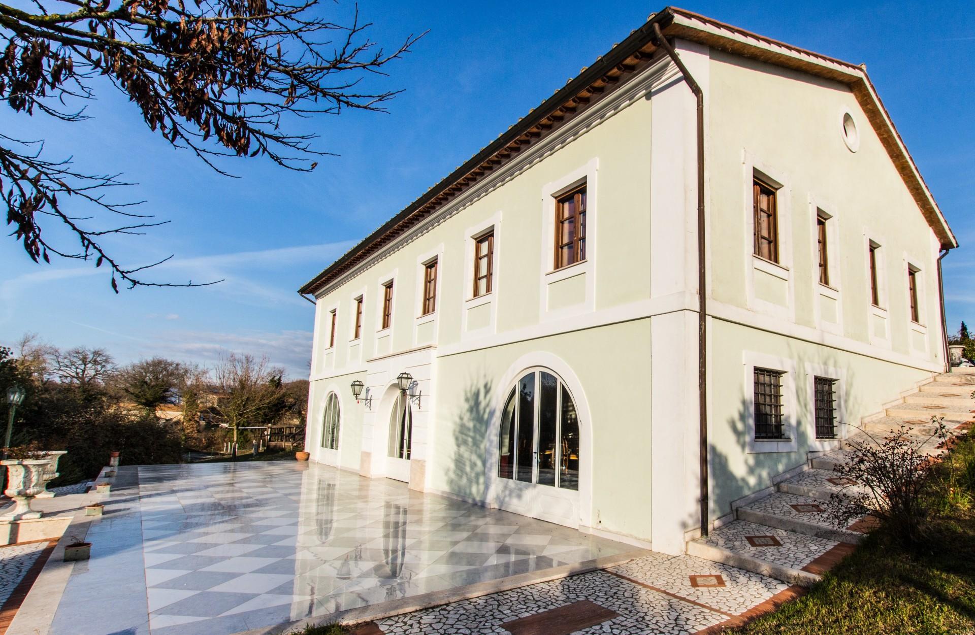 Villa Dama d'Acqua