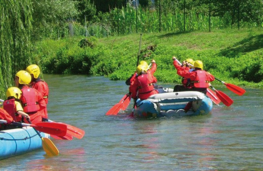 All sport: Trekking and soft Rafting