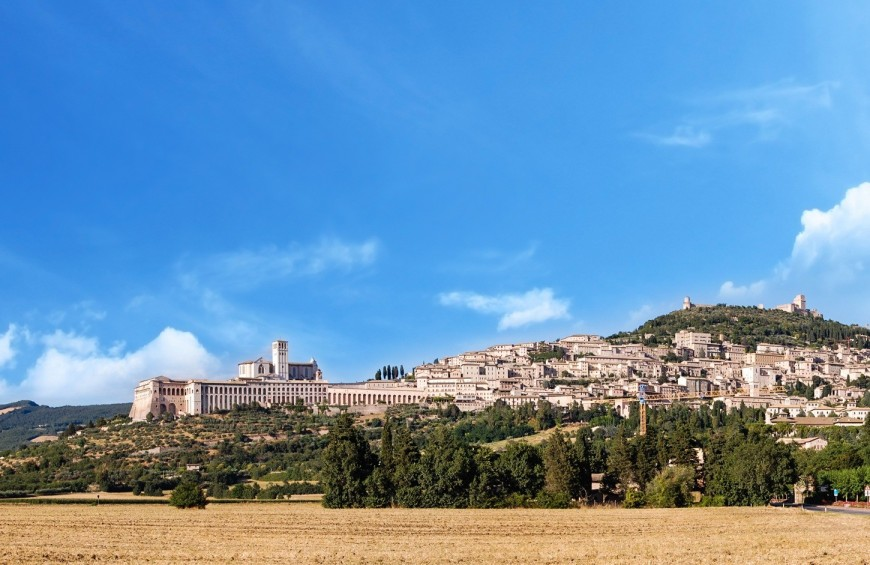Weekend in Umbria: mysticism and taste between Torgiano and Assisi