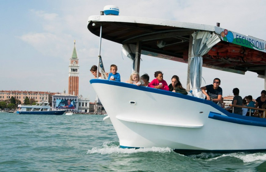 Boat tour of Murano, Burano and Torcello islands