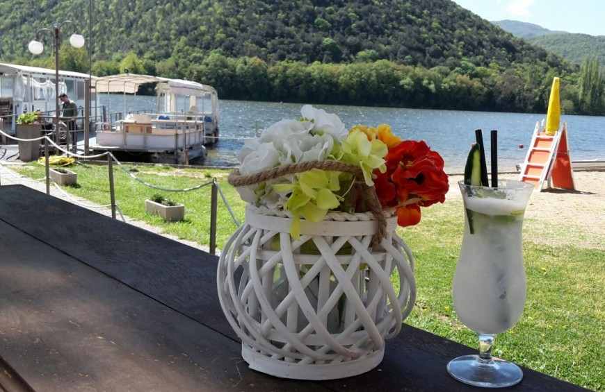 Boat tour of Piediluco Lake with photographic stop and aperitif