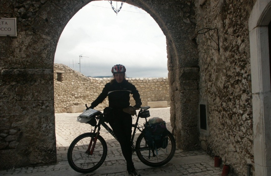 Mountain bike: grazings and refuges in Abruzzo