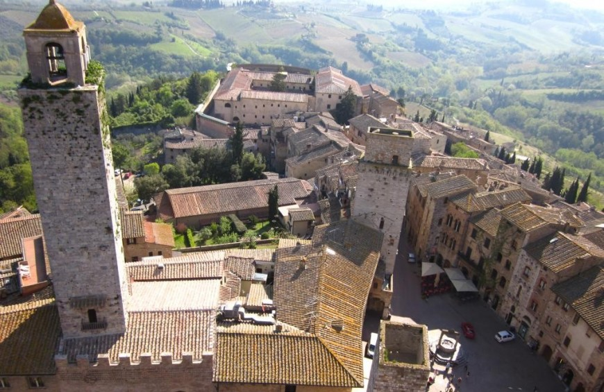 Guided tour of San Gimigano and tuscany wines tasting