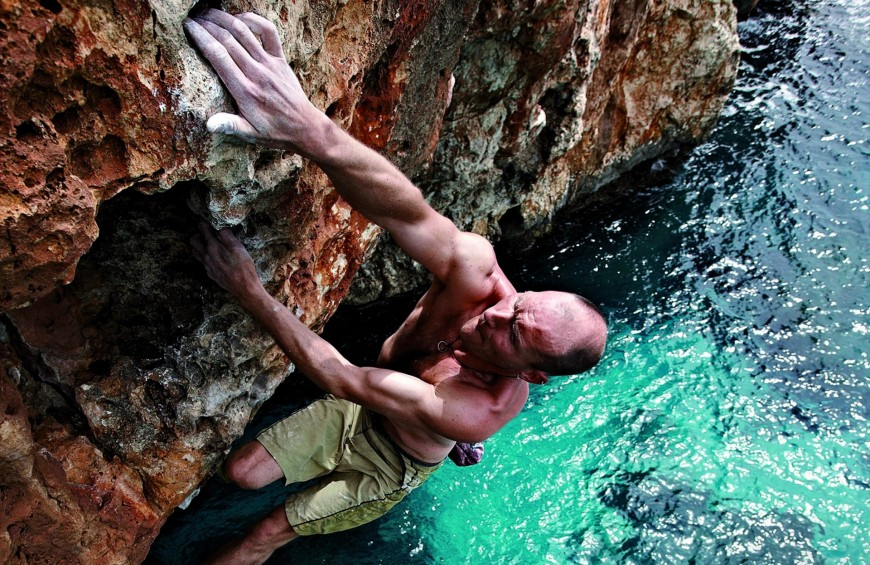 Deep Water soloing in Salento