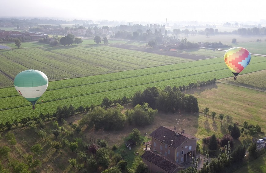 Hot air balloon flight in Reggio Emilia