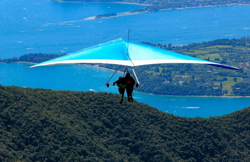 Two-seater hang glider flight over Lake Garda