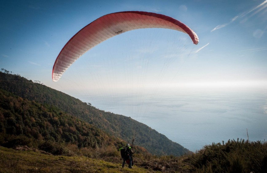 Paragliding over the Tuscany - San Giuliano Terme