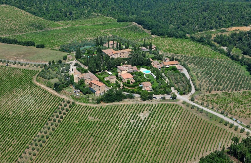 Helicopter tour of the Nobile di Montepulciano and visit to the Dei cellars